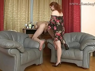 dominafist.com 06