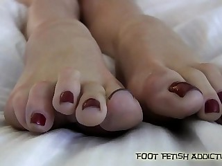 Lick and suck on my perfect..