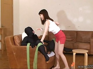 Japanese Femdom and a face..