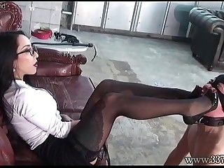 Japanese Dominatrix Youko..