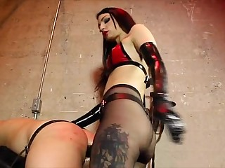 Mistress fucking slave with..