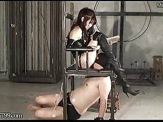 Slave keep licking until..