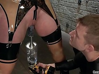 Gimp slave Bill Bailey takes..