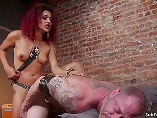 Muslced tattooed man D..