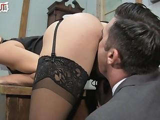 Kinky Boss Sadie Holmes..